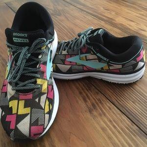 Brooks Revel Multi-Color Size 11 Running Shoes EUC